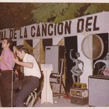 """Festival del Trabajo de Albacete ( ganamos el primer premio) Cantamos: """"José el pescador"""" y """" Las 3 de la noche han dado..."""" de los Iberos."""